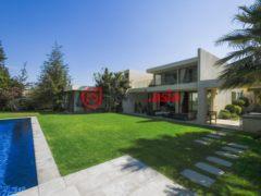 居外网在售智利Lo Barnechea5卧3卫的房产总占地1032平方米CLP 1,020,733,960