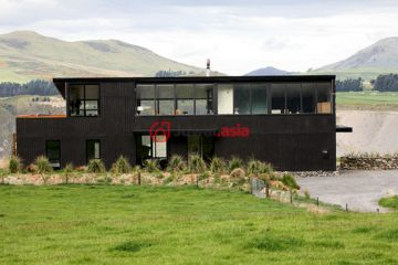 居外网在售新西兰3卧2卫特别设计建筑的房产总占地30351平方米NZD 2,300,000