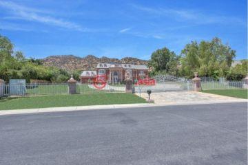 居外网在售美国6卧8卫特别设计建筑的房产总占地8583平方米USD 8,423,175