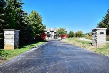 居外网在售加拿大7卧9卫新房的房产总占地9225平方米CAD 4,600,000