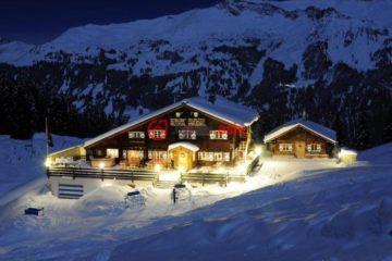 居外网在售瑞士20卧7卫最近整修过的房产总占地873平方米CHF 2,888,000
