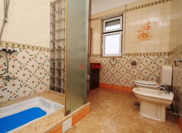 葡萄牙的房产,10 Rua Antero de Quental Nº10 e 10A com vão para Rua Manuel Arriaga Nº 12 Loures,编号37085948